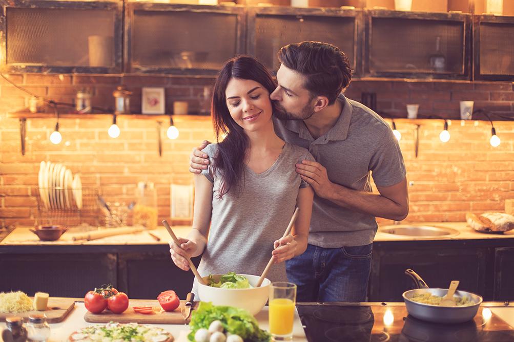 L'amore nel piatto: gli alimenti della conquista