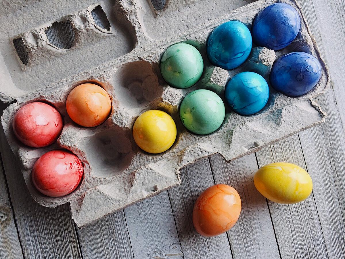 Decorare casa a tema Pasquale: qualche semplice idea per riempire la casa di colori