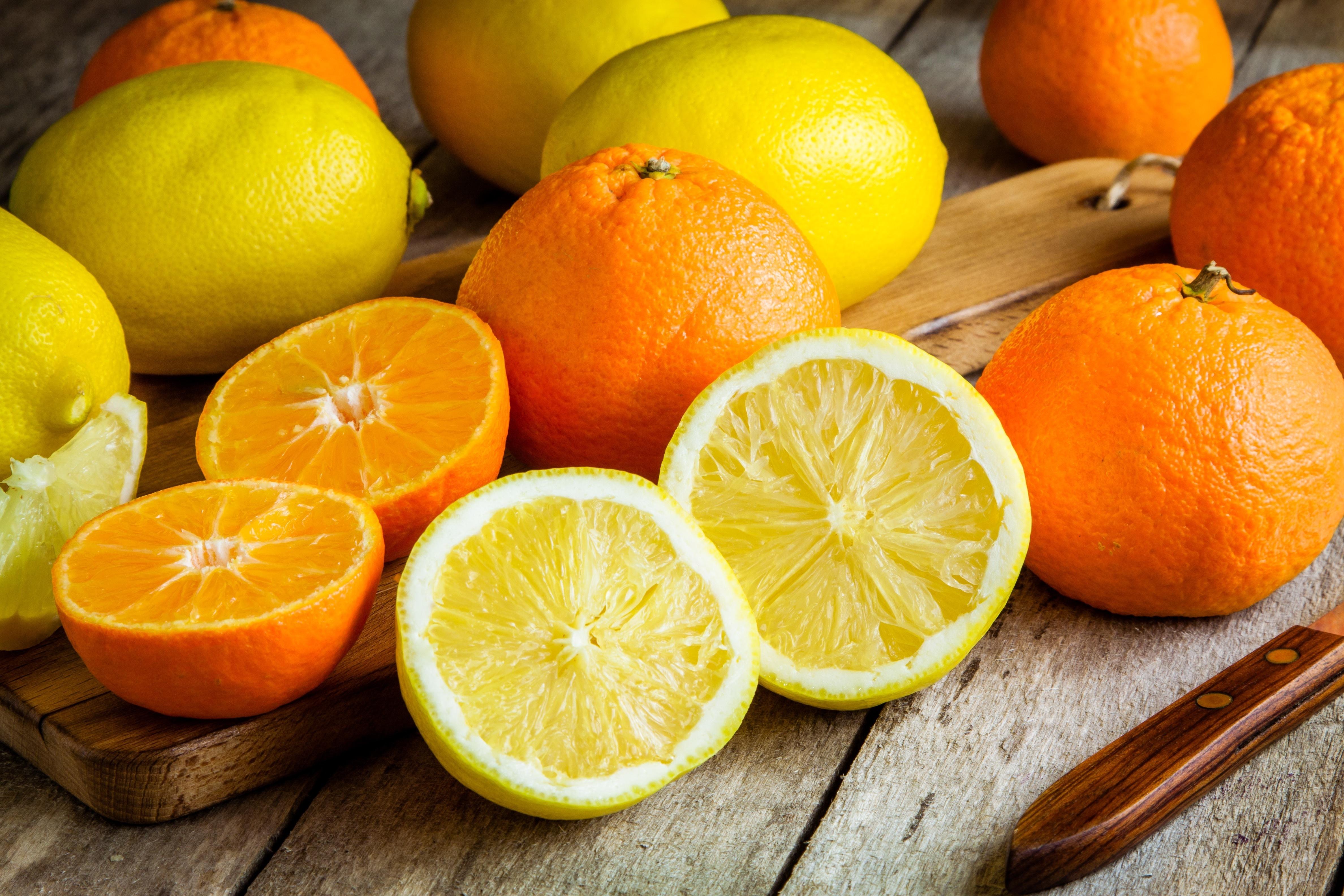 I colori degli agrumi: giallo/arancio