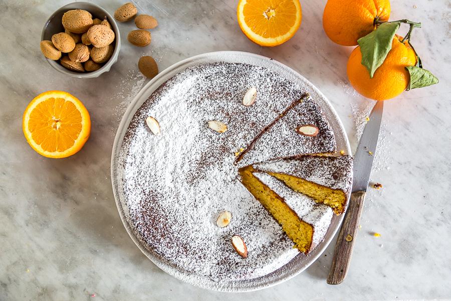 Torta di mandorle e arancia